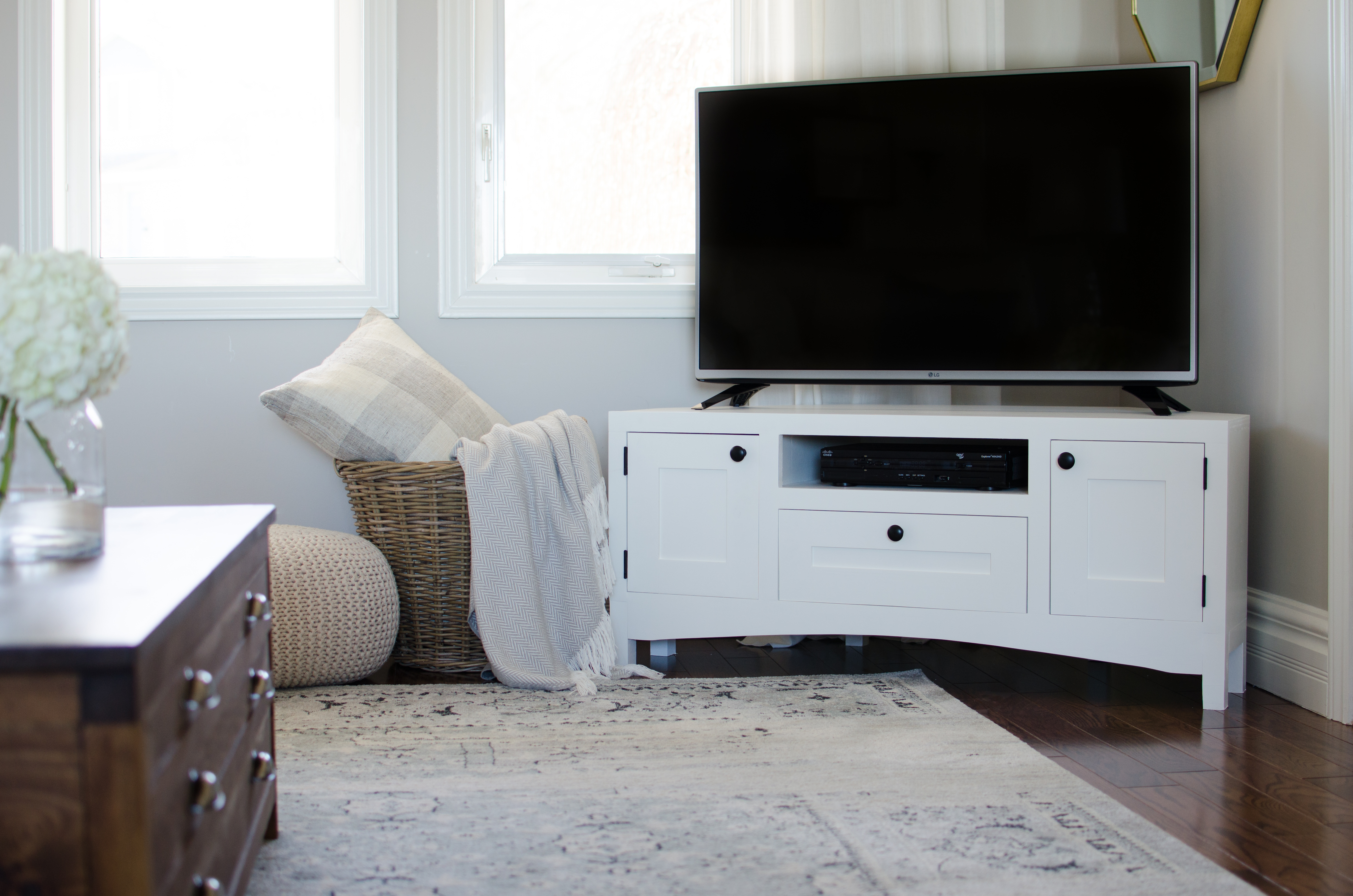 Corner Tv Stand Free Plans Nick Alicia